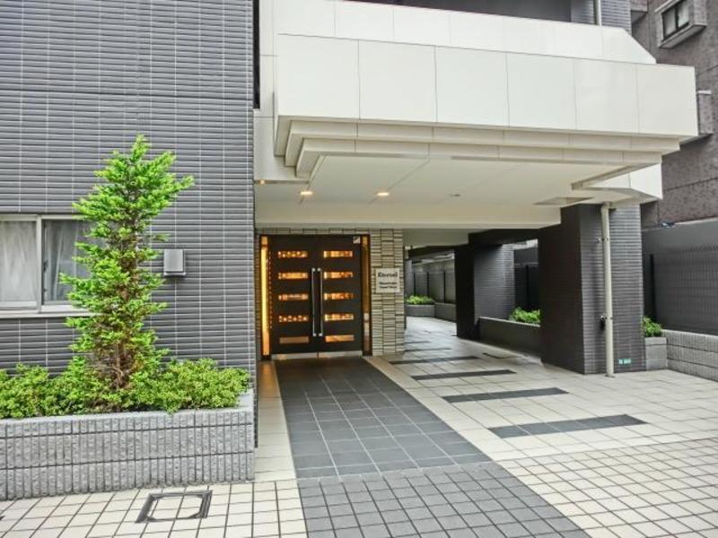 エターナル南千住グラン東京のマンションの入口・エントランス1枚目
