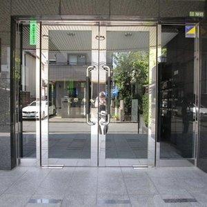 パルミナード尾山台壱番館のマンションの入口・エントランス