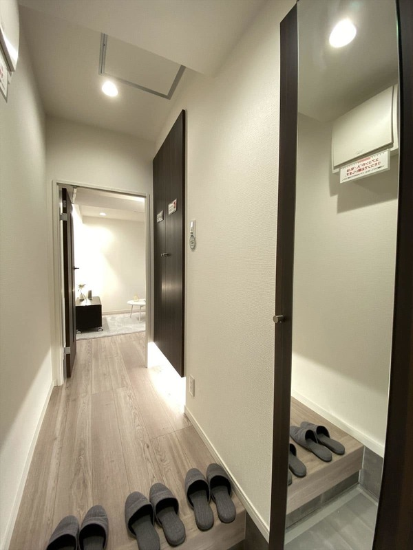 ブロードウェイ4699万円のお部屋の廊下1枚目