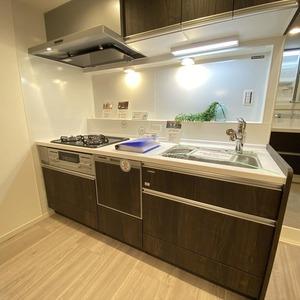 ブロードウェイ(5階,4699万円)のキッチン