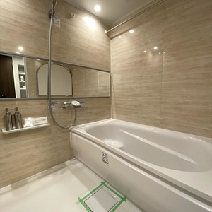 ブロードウェイ(5階,4699万円)の浴室・お風呂