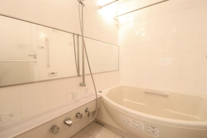 目白プレイスタワー7180万円の浴室・お風呂1枚目