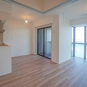 ローレルタワールネ浜松町(17階,7480万円)の居間(リビング・ダイニング・キッチン)