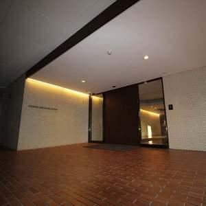 パサニアガーデン目白台のマンションの入口・エントランス
