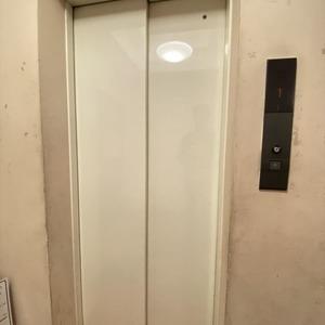 ヴェルデ森下のエレベーターホール、エレベーター内