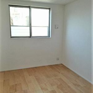 リムテラス三軒茶屋(1階,5980万円)の洋室