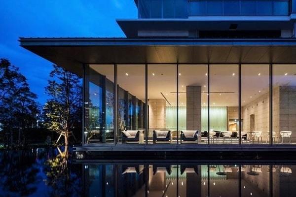 ベイズタワー&ガーデン6250万円