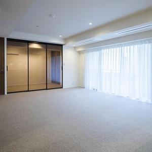ロムルスコート幡ヶ谷(3階,9980万円)の居間(リビング・ダイニング・キッチン)