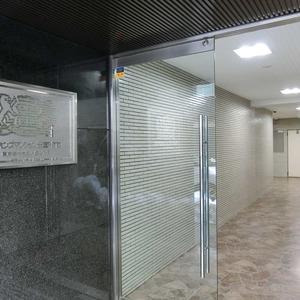 ライオンズマンション新富町第2のマンションの入口・エントランス