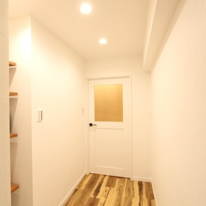 ライオンズマンション新富町第2(5階,5780万円)のお部屋の廊下