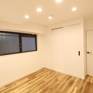 ライオンズマンション新富町第2(5階,5780万円)の洋室