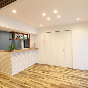 ライオンズマンション新富町第2(5階,5780万円)の居間(リビング・ダイニング・キッチン)