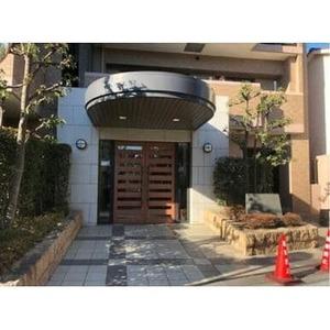 ガーデンホーム幡ヶ谷のマンションの入口・エントランス