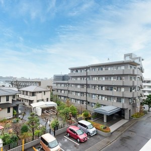 スタジオキュービィ千歳烏山(5階,6980万円)のバルコニー