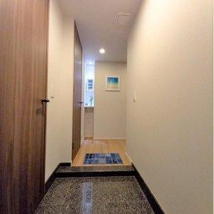 ザパークハウス杉並和田(5階,6480万円)のお部屋の玄関