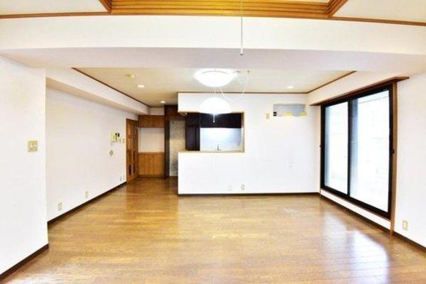 パールグリーン新宿8180万円