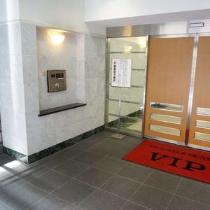 VIP日本橋浜町のマンションの入口・エントランス