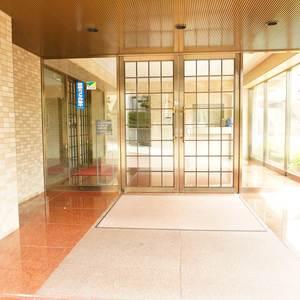 エンブレム下落合のマンションの入口・エントランス