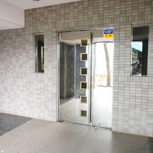 ルミエール落合の入口・エントランス