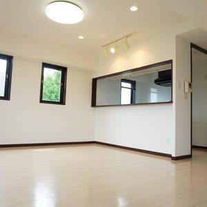 ルミエール落合(6階,4350万円)のリビング・ダイニング