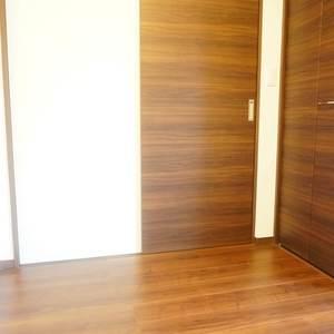 青葉台フラワーマンション(12階,5080万円)の洋室