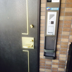 藤和シティホームズ島津山西(7階,)のフロア廊下(エレベーター降りてからお部屋まで)