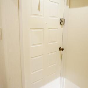 YKB御苑(3階,5490万円)のお部屋の玄関