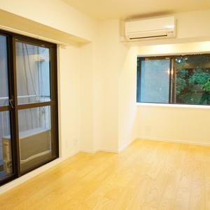 YKB御苑(3階,5290万円)のリビング・ダイニング