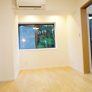 YKB御苑(3階,5490万円)のリビング・ダイニング