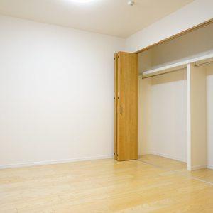 YKB御苑(3階,)の洋室