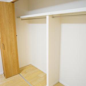 YKB御苑(3階,5490万円)の洋室