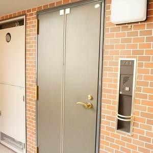 デリード日本橋箱崎(7階,)のフロア廊下(エレベーター降りてからお部屋まで)