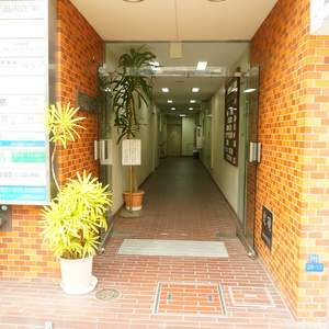 クレール五反田のマンションの入口・エントランス