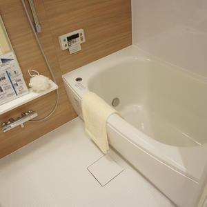 コスモ上馬(2階,4080万円)の浴室・お風呂