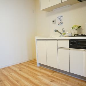コスモ上馬(2階,)のキッチン