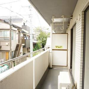コスモ上馬(2階,)のバルコニー
