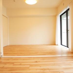 コスモ上馬(2階,4080万円)の洋室(3)