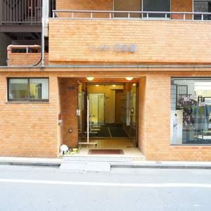 グローリー日本橋のマンションの入口・エントランス
