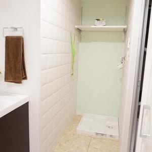 ディオレ西新宿(12階,6980万円)の化粧室・脱衣所・洗面室