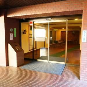 マンション広尾台のマンションの入口・エントランス