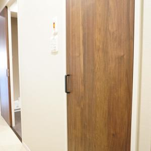 マンション広尾台のお部屋の玄関