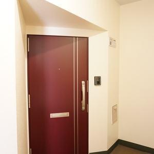 東急ドエルアルス石川台B棟(4階,)のフロア廊下(エレベーター降りてからお部屋まで)