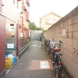 柿の木坂サニーハイツの駐輪場