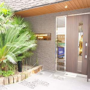 スパシエ日本橋エセンザのマンションの入口・エントランス