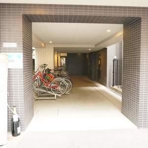 スパシエ日本橋エセンザの駐輪場