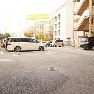 トキワパレスの駐車場