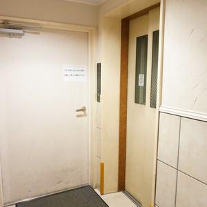 グランシティ早稲田のエレベーターホール、エレベーター内