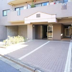 パークウェル落合のマンションの入口・エントランス