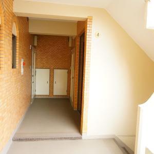 キャッスルマンション荒木町(4階,)のフロア廊下(エレベーター降りてからお部屋まで)