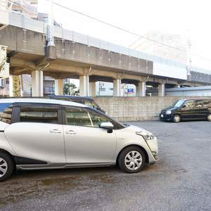 中銀城北パークマンシオンの駐車場